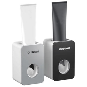 Automatic toothbrush holder