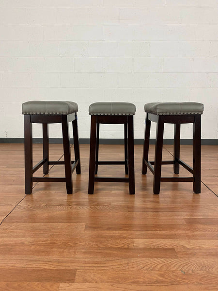 Angel Line Cambridge Counter Stools