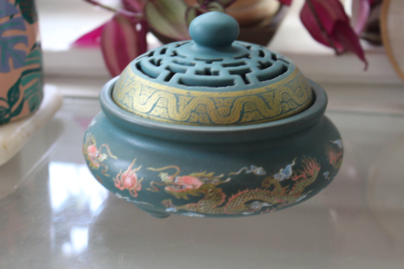 Atman Painted Ceramic Incense Bowl With Lid - Cone Incense Burner - Ash Catcher - Rope Incense Burner - Office Relaxation - Pure Chakra
