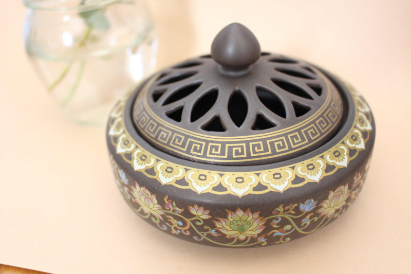 Moksha Painted Ceramic Incense Bowl With Lid - Cone Incense Burner - Ash Catcher - Rope Incense Burner - Office Relaxation - Pure Chakra