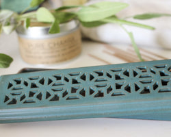 Kirtan Ceramic Incense Burner - Incense Box - Incense Holder - Coffin Burner - Office Relaxation - Green - Pure Chakra