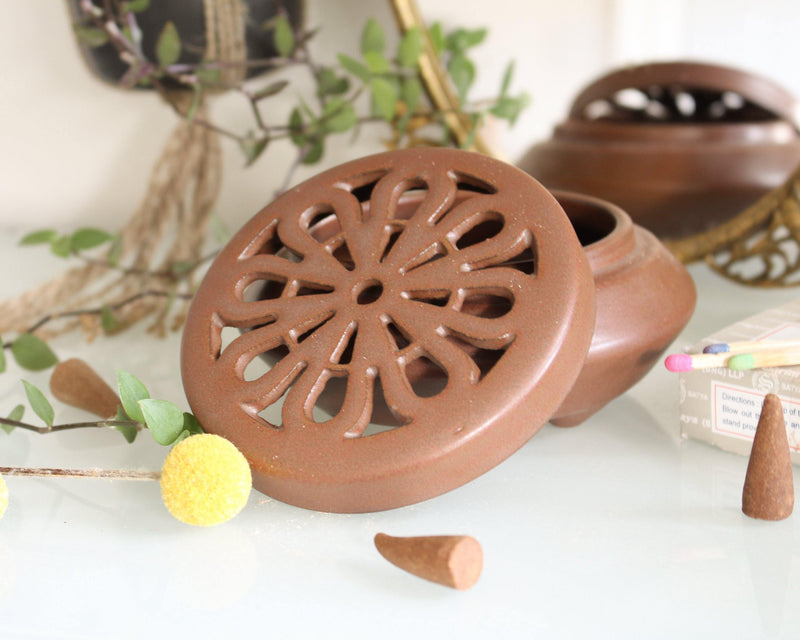 Aham Prema Brown Ceramic Incense Bowl With Lid - Cone Incense Burner - Ash Catcher - Stick Incense Holder - Rope Incense Burner