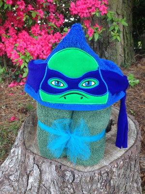 Turtle Towel Peeker