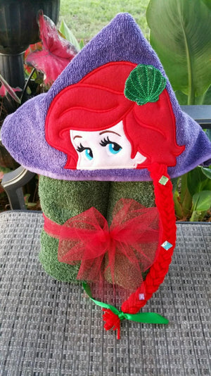 Little Mermaid Hooded Towel