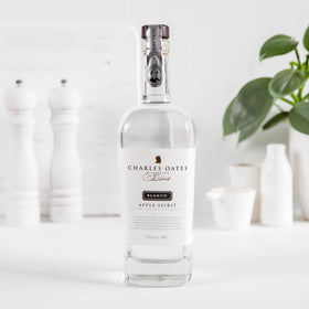 Charles Oates Blanco 700ml - May Limited Offer