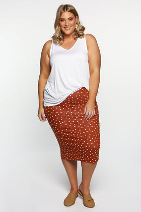 Betty Basics Alicia Midi Skirt in Spot