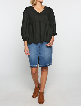 Everly Billow Sleeve Top in Black