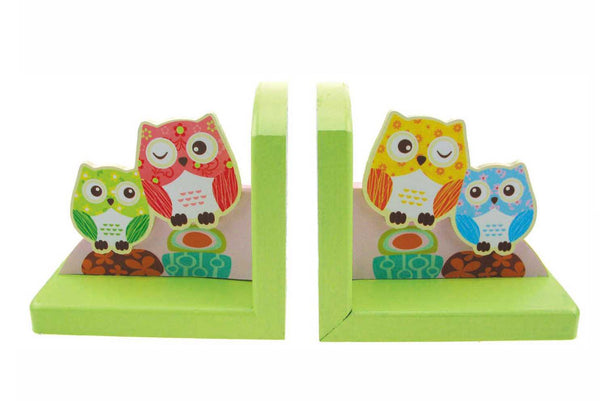 Wooden owl bookend