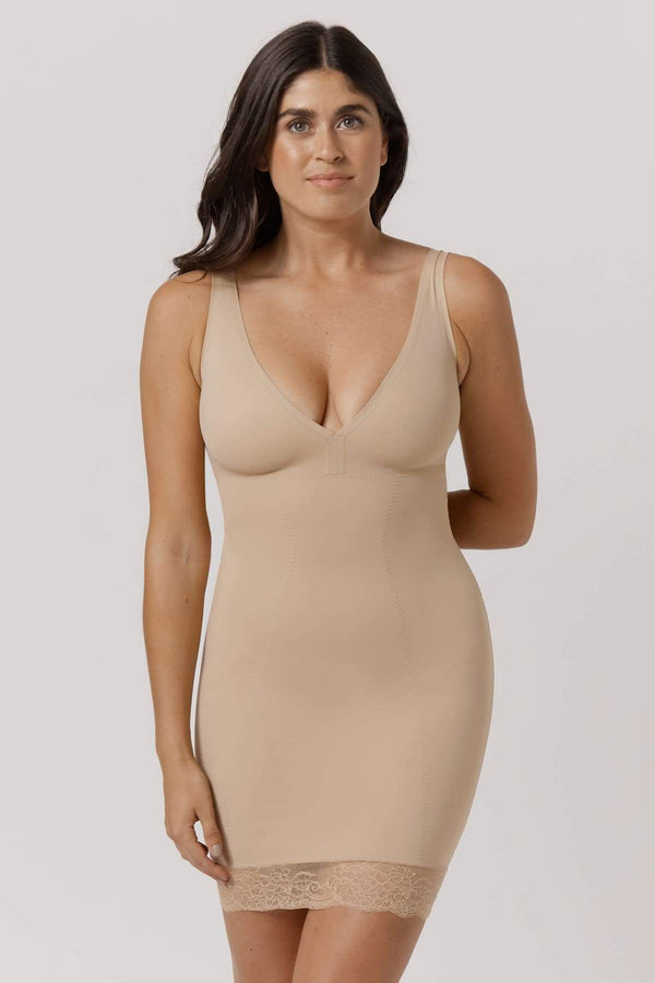 Curve Control Runway Slip with Lace