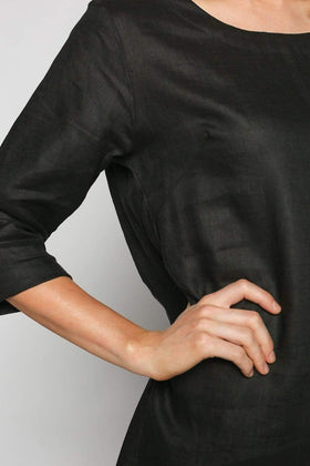 Boatneck Shift Dress in Black