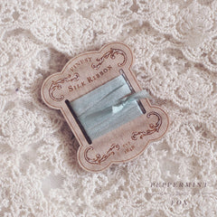 Vintage Ribbon Card Brooch