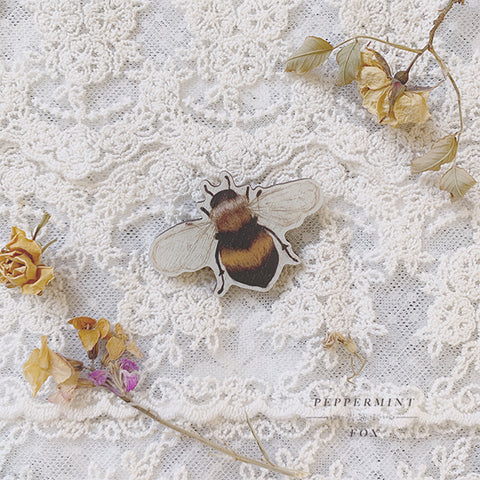 Bramble Bee Brooch