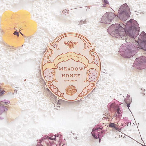 Meadow Honey Brooch