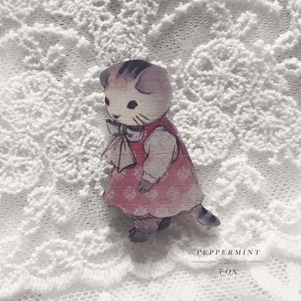 Tilly - Tiny Companion Brooch