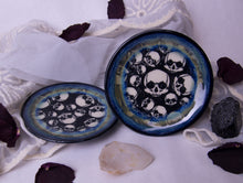 Load image into Gallery viewer, Set of 2 Skull Plates