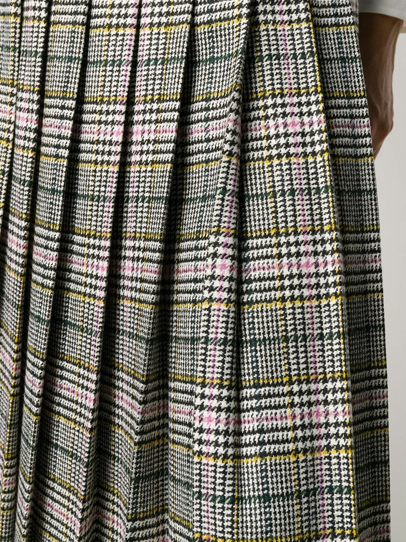 Pleated check patterned skirt
