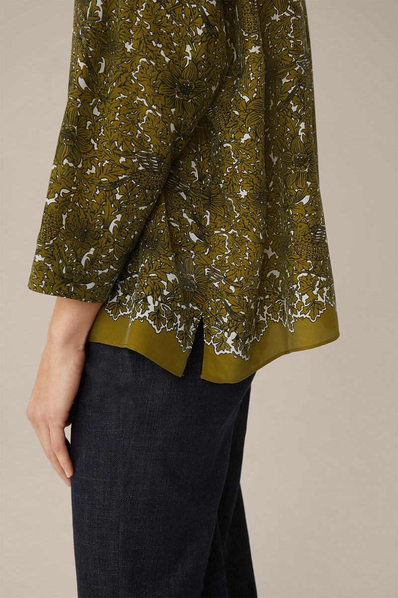 Print Blouse Silk in Olive