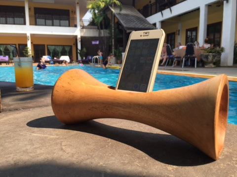 Mango Music - Acoustic iPhone Amplifier - Global Groove Life