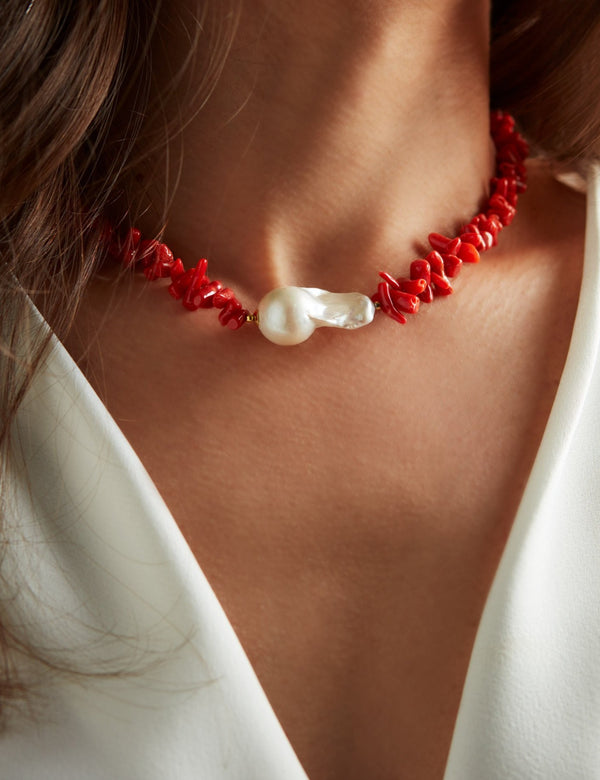 Sardinian Red Coral necklace with one baroque pearl. Collar collana. Neck. Look.
