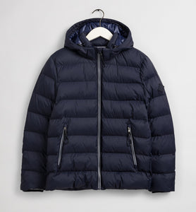 D1. THE ACTIVE CLOUD JACKET