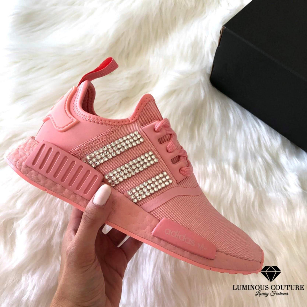 adidas nmd rose all day