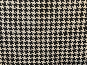 Quilting Cotton  - Hounds tooth - 1/2 meter