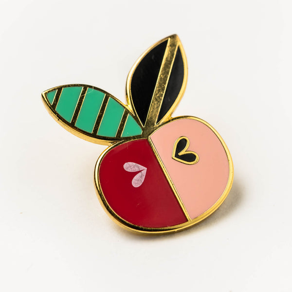 Enamel pin - apple