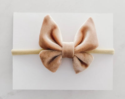 BUTTERFLY BOW - CRUSHED TAUPE