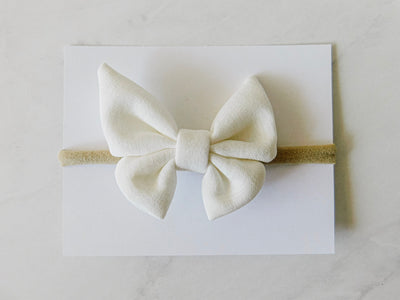 BUTTERFLY BOW - WHITE