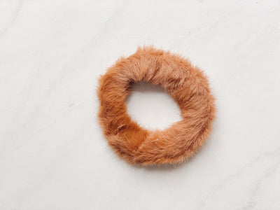 MINI FAUX-FUR SCRUNCHIE, BROWN