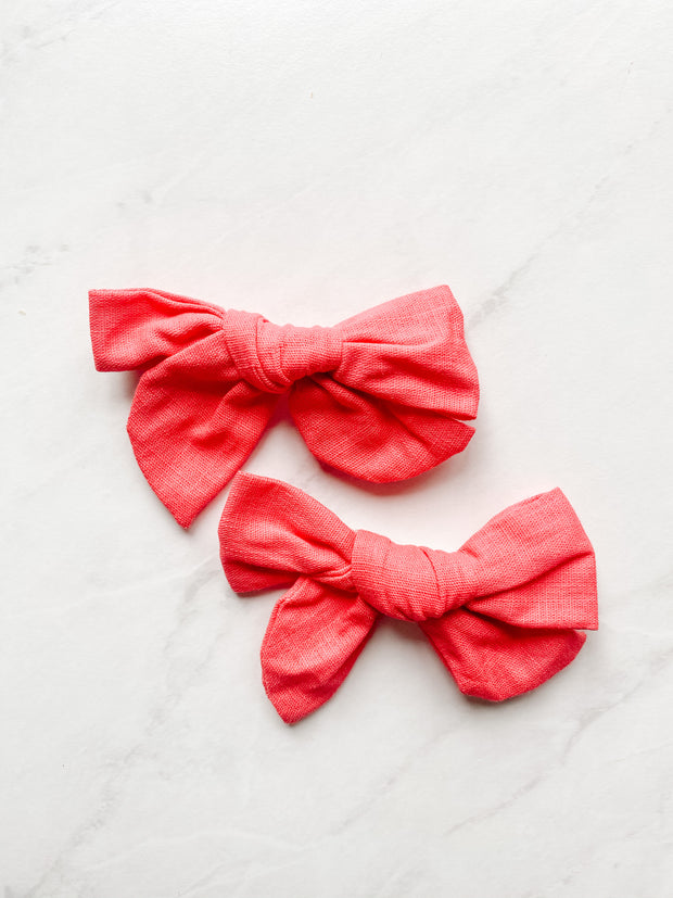 Tulip Red Linen - Clip Set of 2