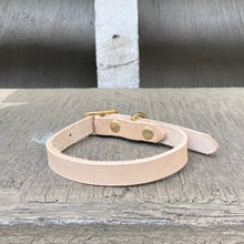 Load image into Gallery viewer, Handmade leather dog collar - Veg-tan leather - For smaller dogs