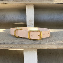 Load image into Gallery viewer, Handmade leather dog collar - Veg-tan leather - For medium to large dogs