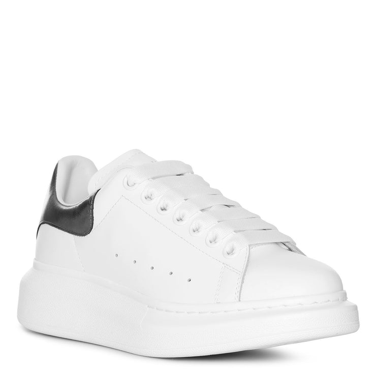 White and black pearl classic sneakers