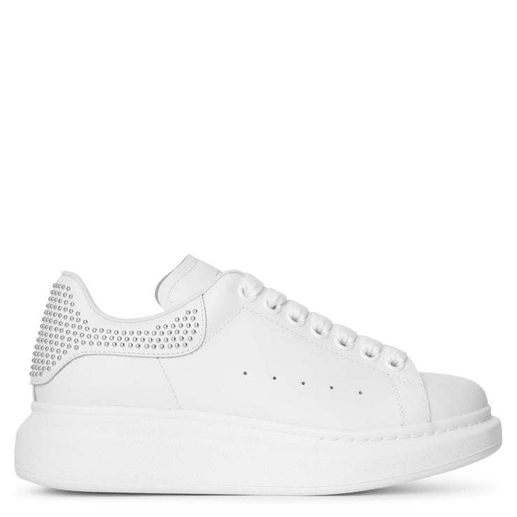 White and studs classic sneakers