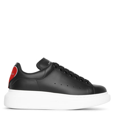 Black classic heart sneakers