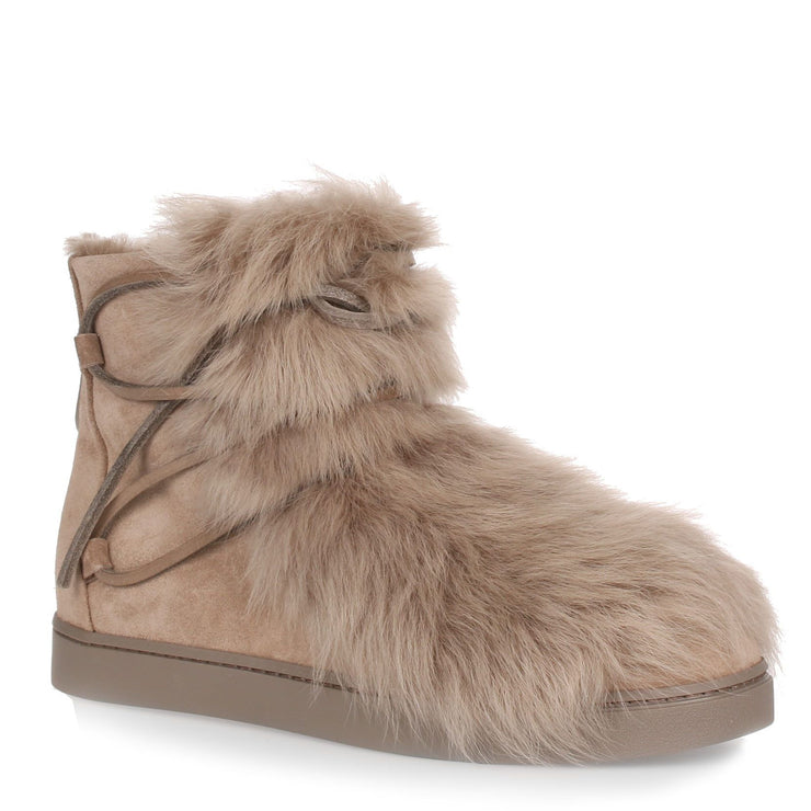 Inuit beige suede and shearling sneaker