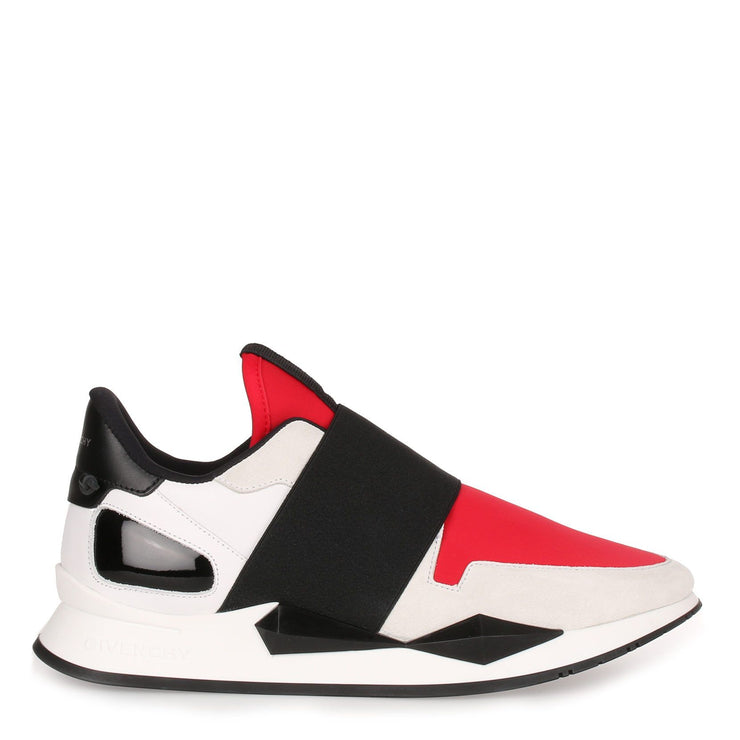 Black and red elastic runner sneaker