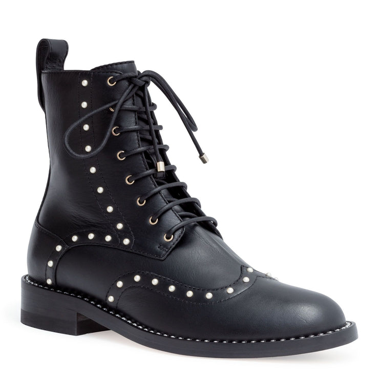 Hanah 10 black leather pearl boots