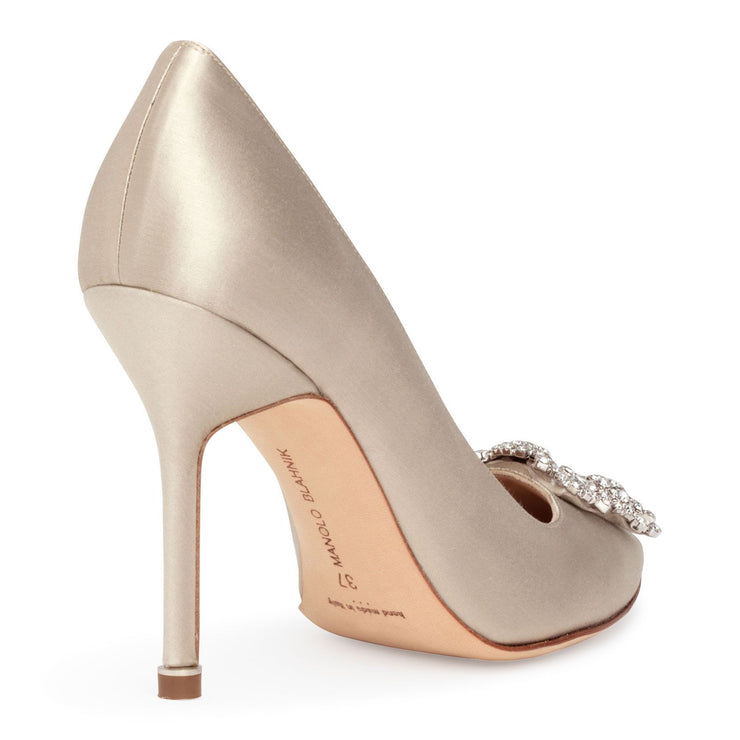 Hangisi 105 pearl silver pumps
