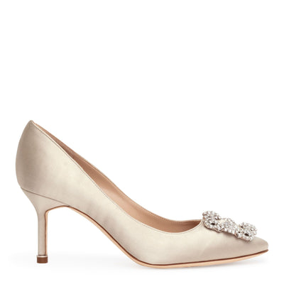 Hangisi 70 pearl silver pumps
