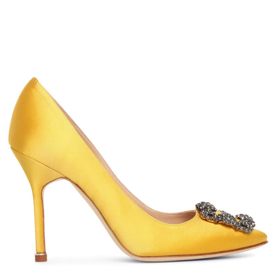 Hangisi 105 yellow satin pumps
