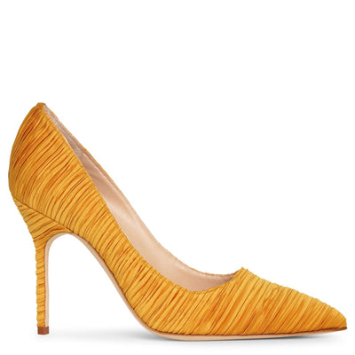 BB 105 yellow satin pumps