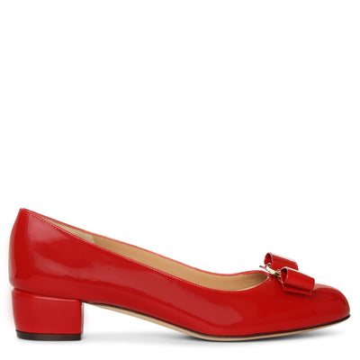 Vara bow patent pumps