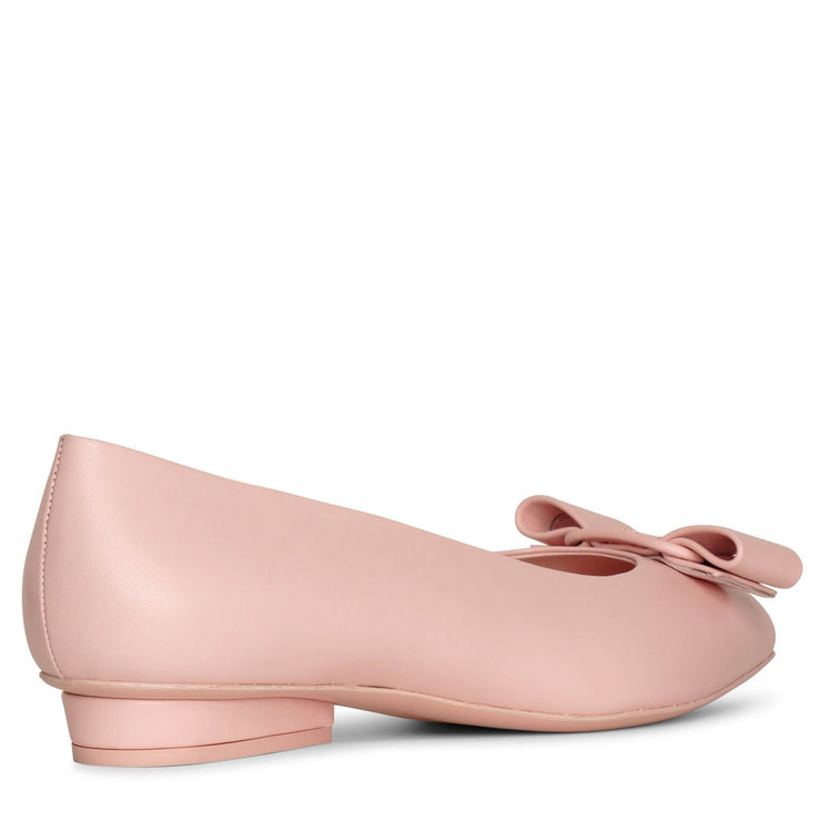 Viva nylund pink leather flats