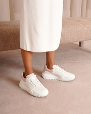 Court white and patchouli sneakers