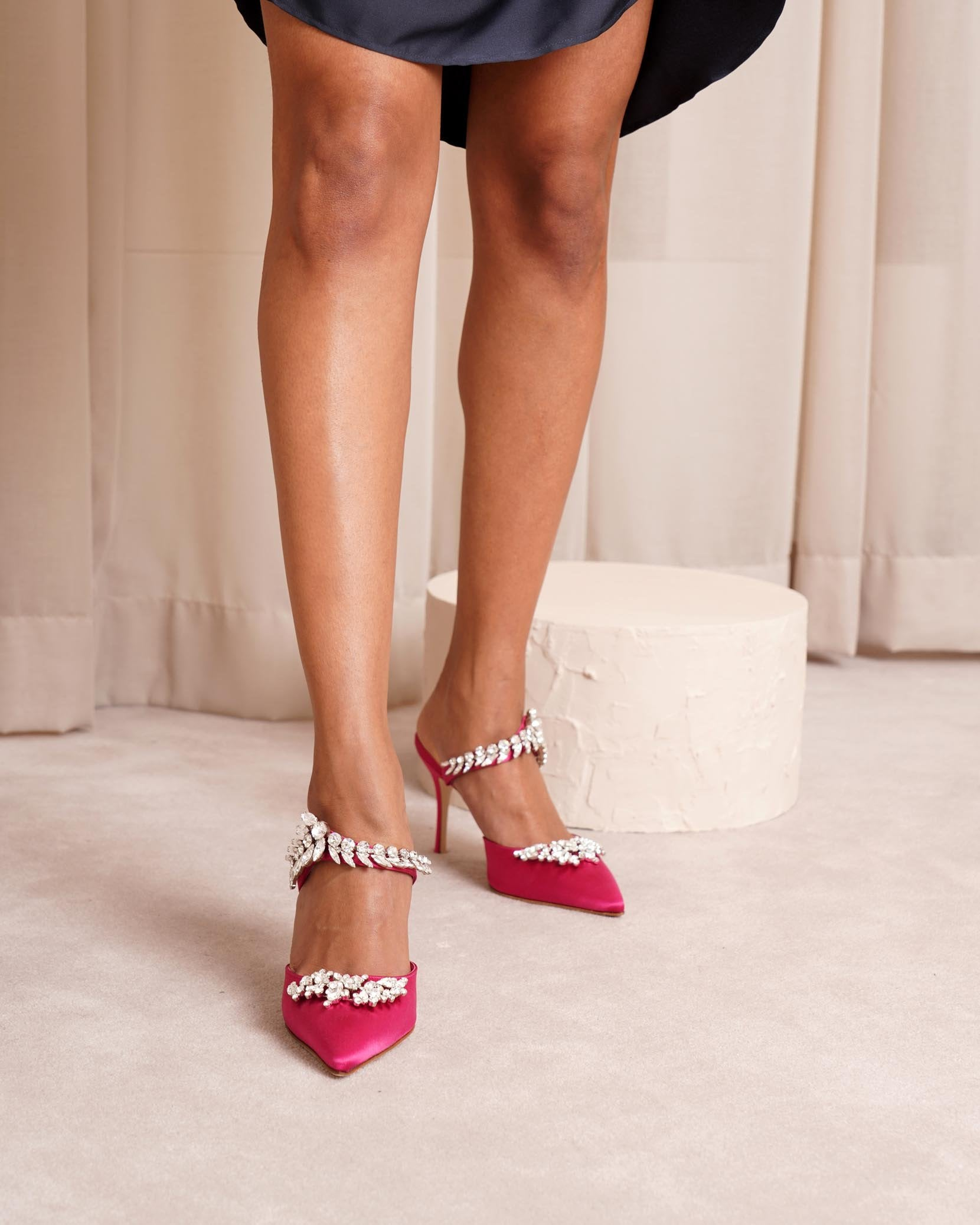 Lurum 90 pink satin pumps