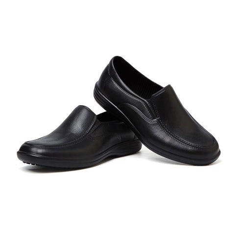 Unisex Non-slip Slip-On Waterproof Hospitality Shoes (Black)