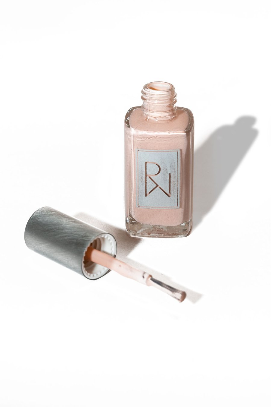 Rooted Woman - Vulnérable - Vernis à ongles bio rose nude