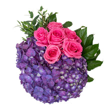Load image into Gallery viewer, Hydrangea Bouquet 4
